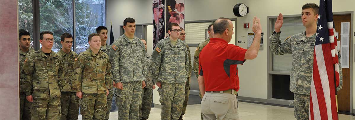 Cadet Jacob Johnson swears the Oath of Enlistment